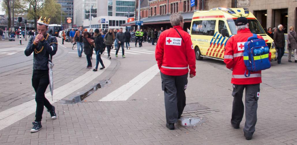 Koningsdag-hulpverlening-Rode-Kruis