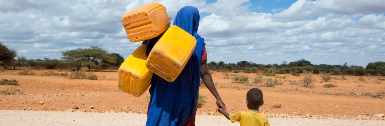 Moeder met kind in Mali