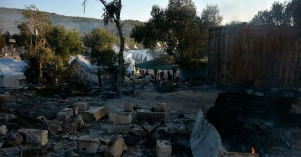 Rode Kruis verscheept eerste 6500 kilo hulpgoederen voor getroffenen brand Moria