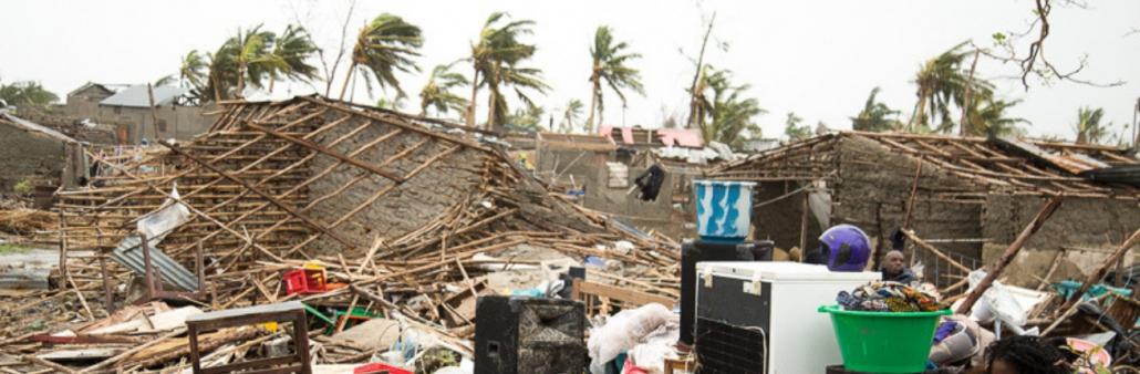 mensen zijn hun huis kwijtgeraakt door cycloon Idai