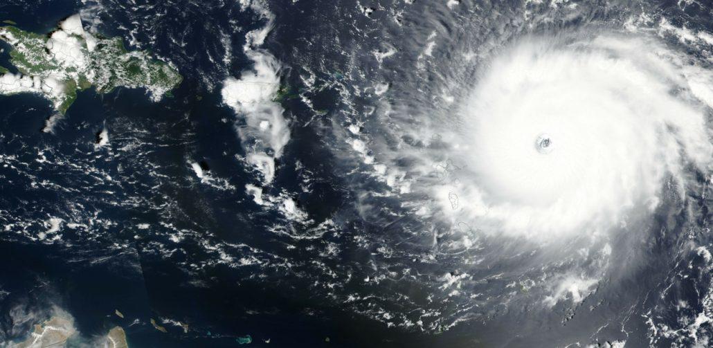 Orkaan-Irma-Rode-Kruis-noodhulp-voorbereiding-banner-1030x503-1
