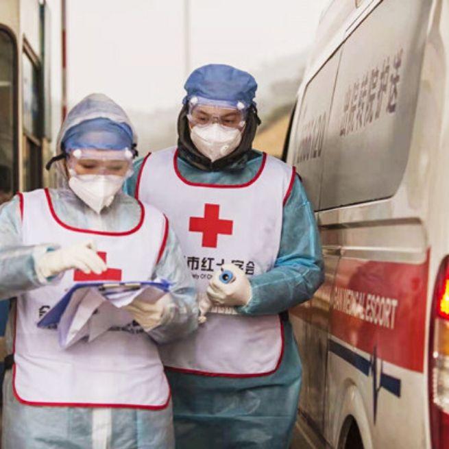 rode-kruis-hulp-wereldwijd-hulpverleners-in-China
