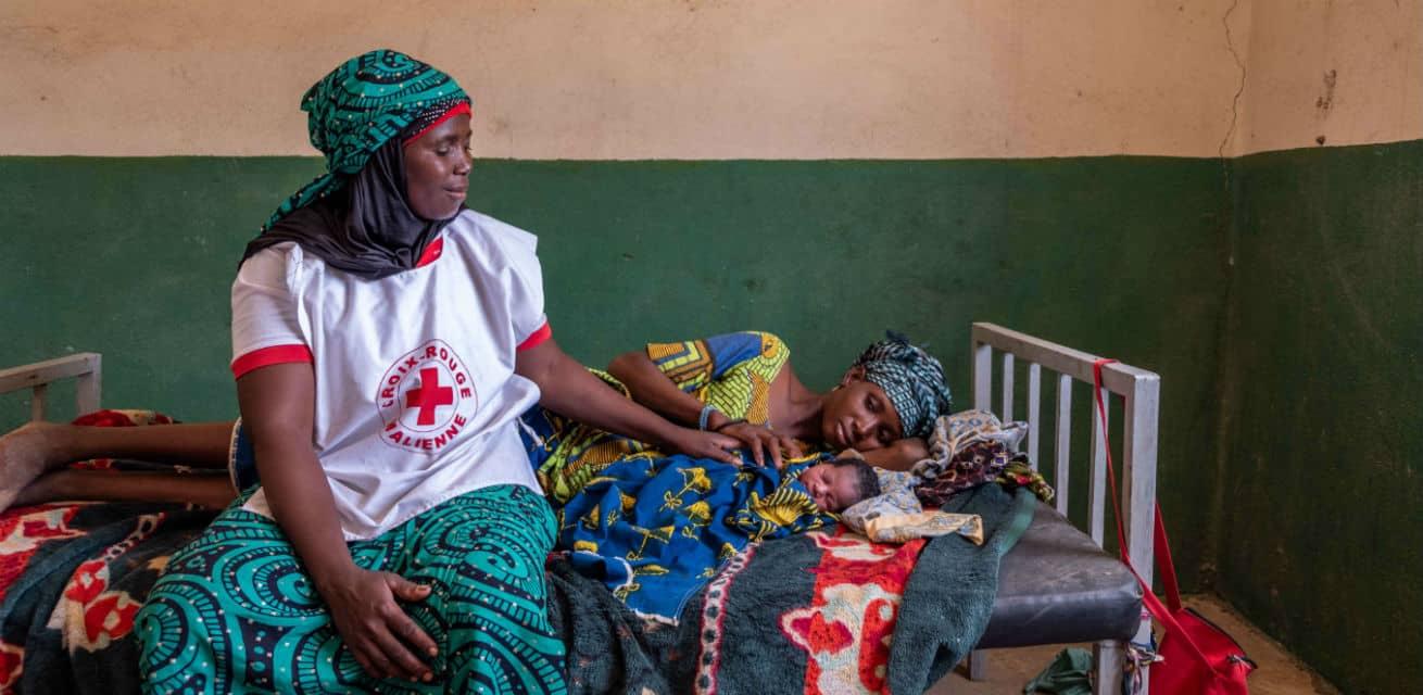 Doe een donatie aan het Rode Kruis - Doneren - Moeder kind zorg