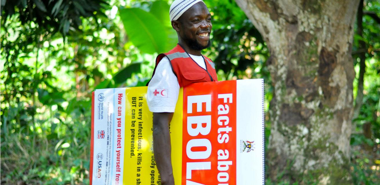 ebola voorlichting hulpverlener rode kruis