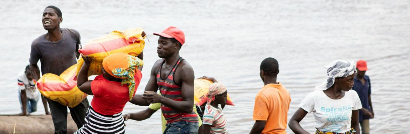mozambique water zandzakken