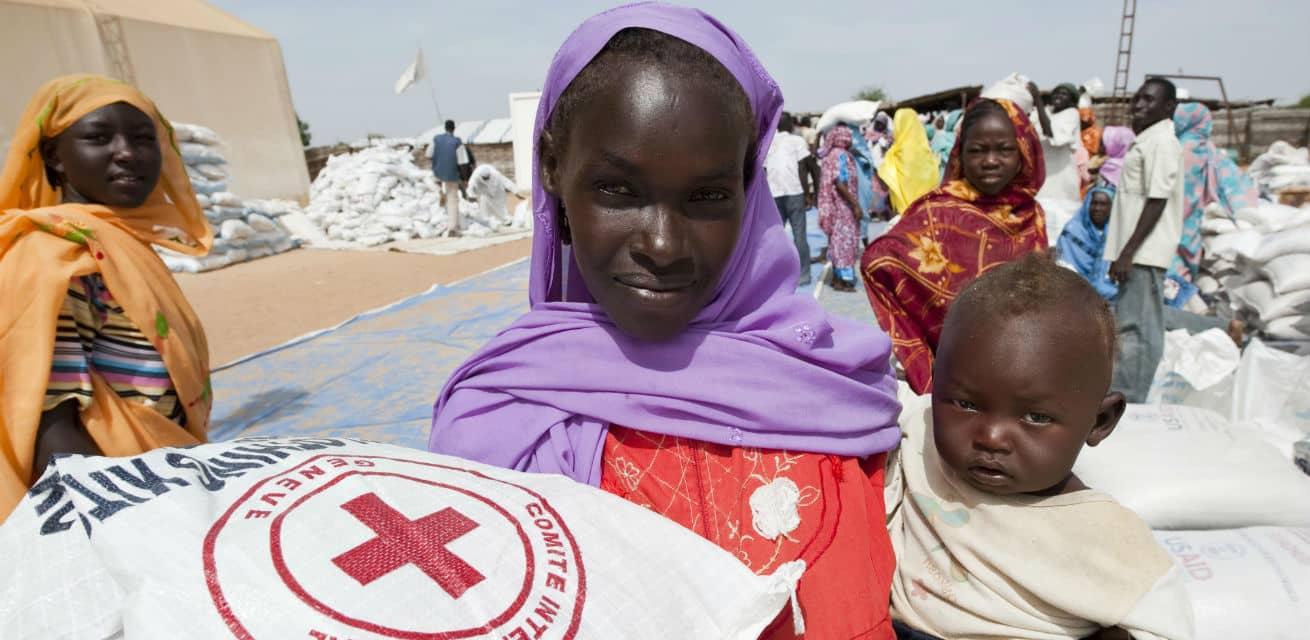 Rode-Kruis-voedseldistributie