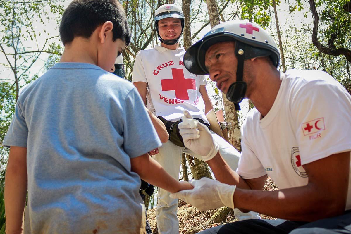 hulpverlener rode kruis venezuela