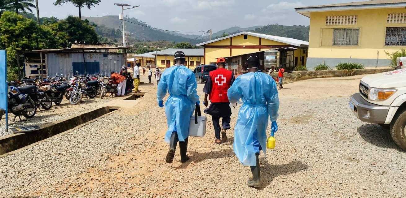 corona hulpverleners in guinee