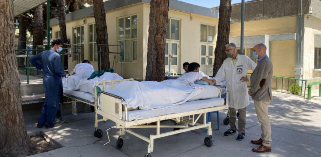medische hulp afghanistan Rode Kruis